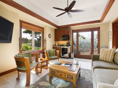 Photo for Hualalai Four Seasons Guest House Complete with Golf Cart