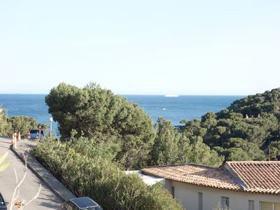 Photo for 4 * apartment, terrace sea view, near beach, quiet 6-8 p, standing