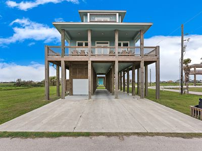 Photo for New Custom Beach House w/Great Ocean Views from 2 Decks, Room for Entire family