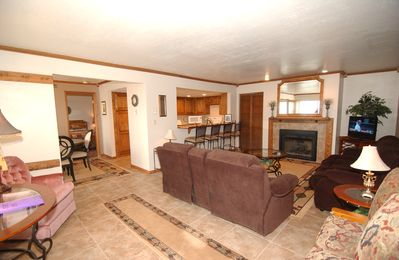 Photo for Brian Head Royal Queen Suite, Pool & Jacuzzi, Ski-I/O, 3 BR +, 2 Bath, Sleeps 14