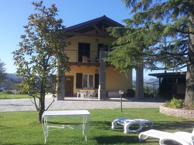 "Photo for ""BELLAVISTA LANGHE"" Villa in the wonderful hills of the Langhe"