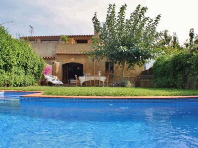 Photo for Holiday town house with private pool in Begur center, Costa Brava – CB253