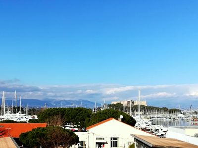 Photo for Accommodation in the old Antibes with balcony and marina views