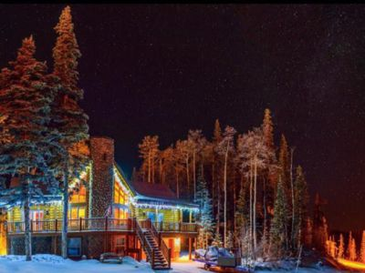 Photo for Large cabin for winter ski and year-round mountain escape
