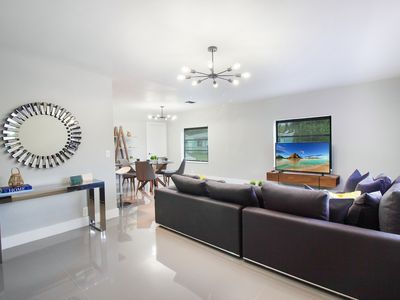 Photo for *Miami Vacay Villa  Near Beach/Airport/Wynwood/D. District/ 3 Free gated Parking