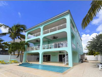 Photo for Keys Paradise! Bayside Home with private pool, jetted tub, water views, dock, near all attractions