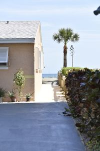 Photo for Cute 1 br/1 bath unit only strides away from famous  Cocoa Beach.