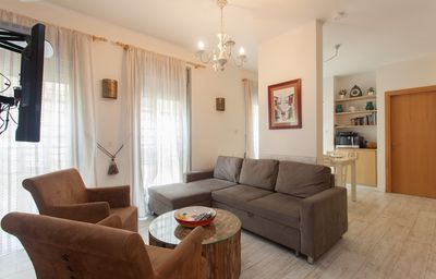Photo for 2 br boutique apartment by the sea!