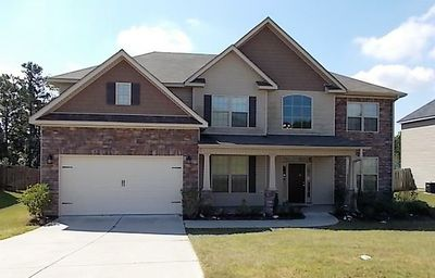 Photo for New Listing! Fully furnished! Available for Master's!!