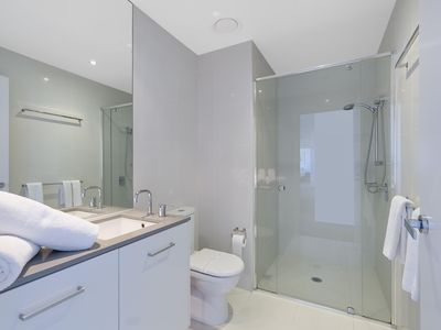 Photo for Circle on Cavill - 4 Bedroom Sub Penthouse - 5 Night - 2533 - Spacious unit with modern furnishings
