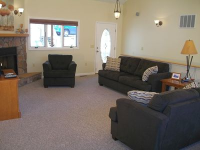Photo for 5 BEDROOM FAMILY-FRIENDLY HOUSE! WIFI! POOL TABLE!