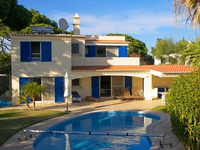 Photo for Beautiful four bedroom villa in the heart of Vale do Lobo. Private swimming pool, WiFi and children's swing set/slide G105