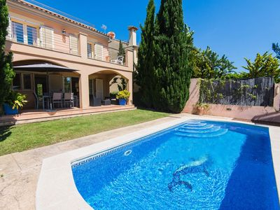 Photo for Well prepared holiday home with private pool and close to the beach