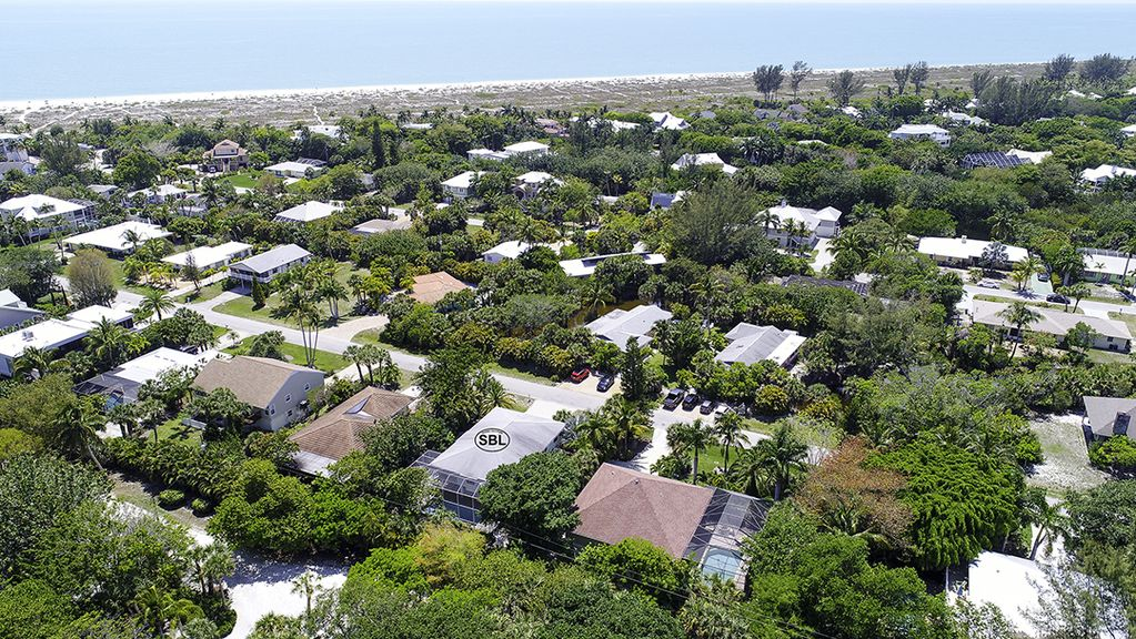 Down Time: Gorgeous Island Home Quiet West End Location w/ Near Beach Access!