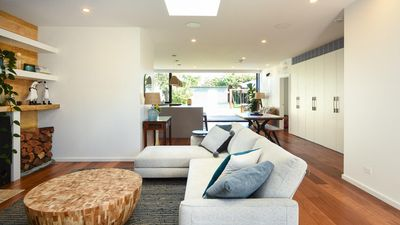 Inglenook - Renovated & Styled Cottage, great spaces for kids to play!