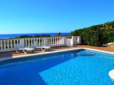 Photo for With sea view and pool - Villa Catalina