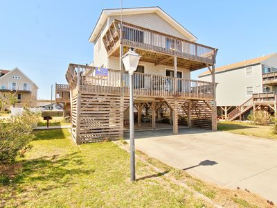 Photo for Compass Rose, 3 Bedroom w/ Hot Tub, Pet Friendly, Near Beach Access & Flexible Stays