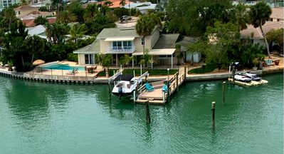 Photo for Luxurious house directly on the water