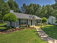 Overall impressed & happy with cottage & amenities. 2 exceptions I'll give below.
