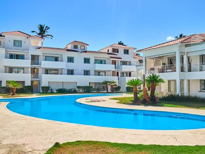 Photo for Los Corales. Close to Everything. Free WiFi, pool, parking. La Terraza D1b