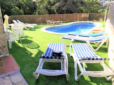 Photo for Villa with private pool, wifi, A / C, barbecue, 8 -13 px