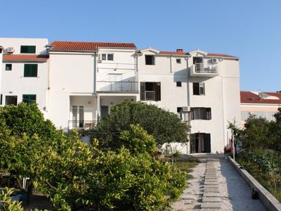 Photo for Apartment in Drvenik Donja vala (Makarska), capacity 4+0