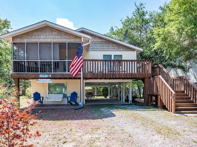 Photo for 2 Bedroom Writer's Cottage Oak Island, NC