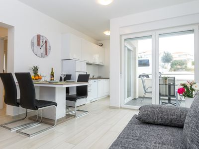 Photo for One-Bedroom Apartment with Patio