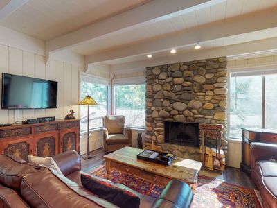 Photo for NEW LISTING! Alpine retreat w/shared pool, hot tub, tennis & rec center