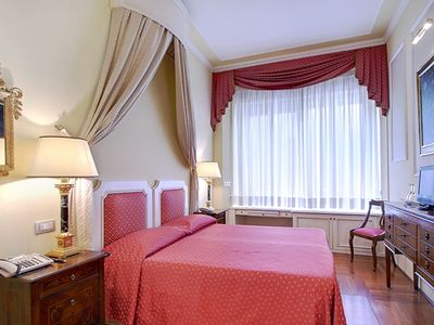 Photo for Signoria Suite apartment in Duomo with WiFi & integrated air conditioning (hot / cold).