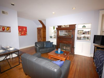 Photo for Accommodates up to 6. Easy access to Sightseeing, Convention Center