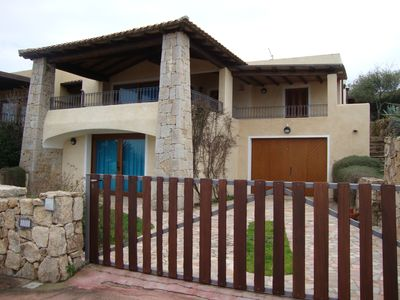 Photo for Charming cottage overlooking the sea 150 meters from the beach