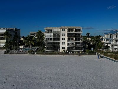 Photo for Awesome Gulf and Beach Views in Your Beach Paradise Vacation Rental