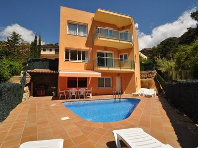 Photo for 5 bedroom Villa, sleeps 11 with Pool, FREE WiFi and Walk to Beach & Shops
