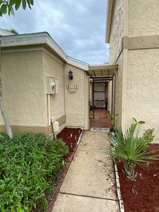 Photo for Centrally located clean and comfortable ground floor two bed two bath townhouse