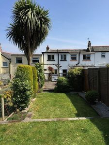 Photo for Cosy Cottage, Superbly equipped, Sunny Enclosed Garden, Walk to beach & town