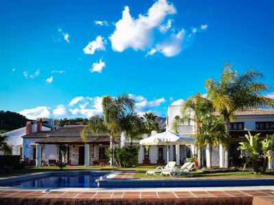 "Photo for Heaven on earth! Fantastic large private villa on estate ""Los Tejanos."