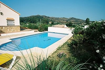 Photo for Coin Villa, Sleeps 4 with Pool and Air Con