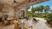 Luxurious resort home with private hot tub & amazing amenity access