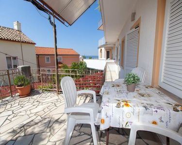 Photo for Apartment with terrace