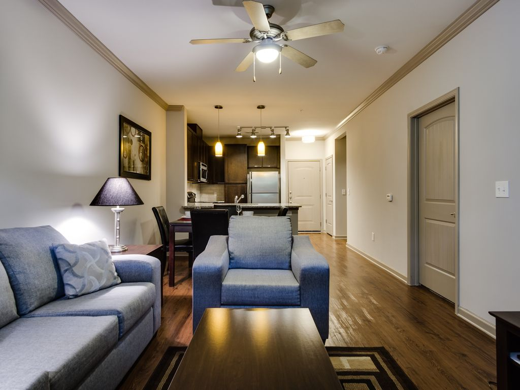 Amli north point 1 bedroom fully furnished apartment