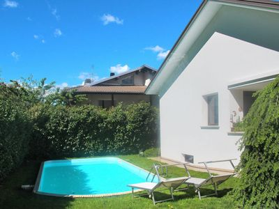 Photo for Apartment Ferienwohnung mit Pool (CCO900) in Colico - 8 persons, 3 bedrooms