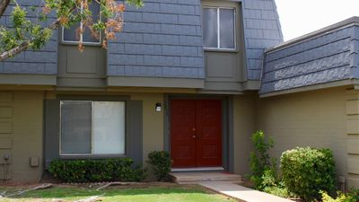 Photo for Cozy Townhouse in Gated Community WiFi/Parking/Pool