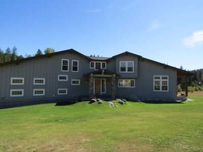 Photo for Family & Pet friendly lodge that sleeps up to 16 guests on the Wenatchee River