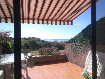 Photo for T2 apartment between BORMES LES MIMOSAS and LAVANDOU, 50m2 sea view, air-conditioned