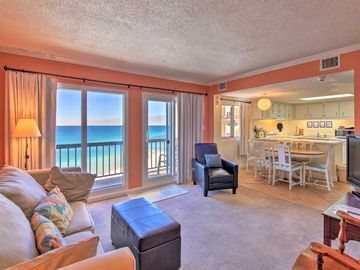Jamaican Lake Condominiums, Panama City Beach, FL, USA