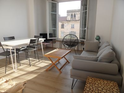Photo for Cozy apartment 65 m² center with air conditioning