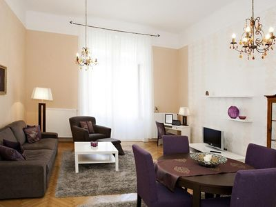 Photo for 1BR Apartment Vacation Rental in Budapest, Budapest