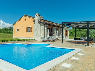 Photo for Villa with private pool in Istria, quiet location, large garden, terrace, BBQ