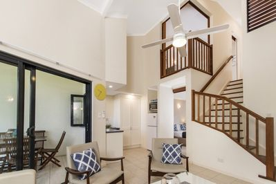 Beachstyles- Upstairs & down stair bedrooms with ensuite & kitchenette.